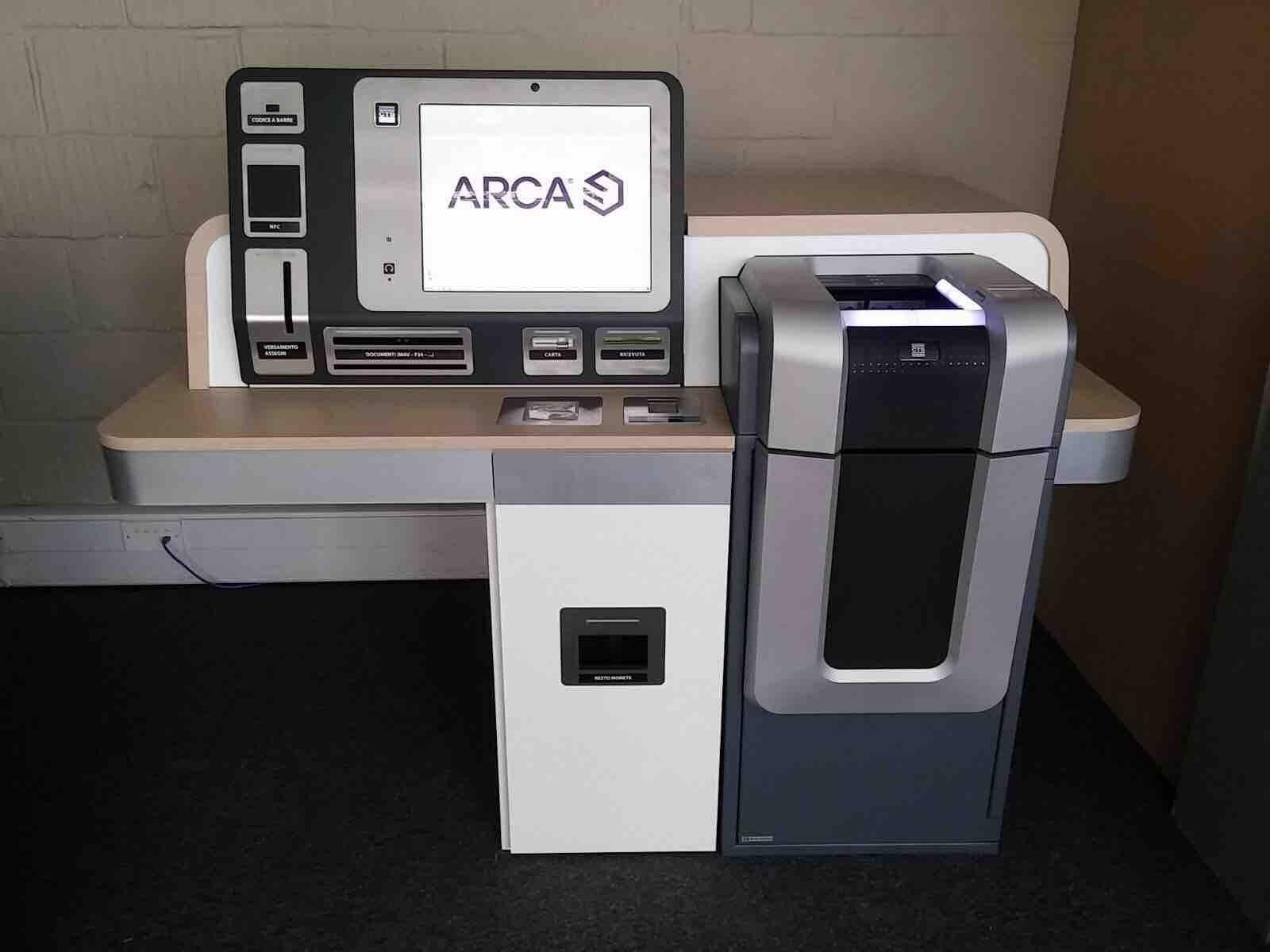 Cash dispenser and recycler